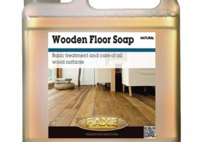 pulizia_0000s_0001_Wooden Floor Soap natural faxe